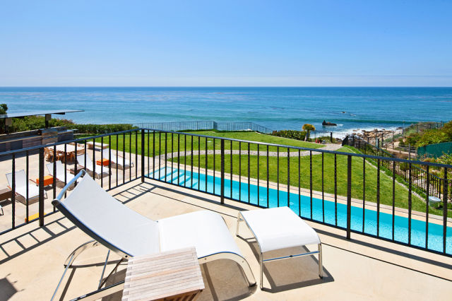 What To Do With $25.500.000, Click on the Image to see the amazing pictures. Breathtaking Malibu Beach House
