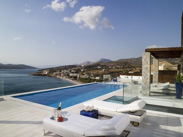 Mansions & Houses, the Below villa on the northern coast of the Greek Island Crete is yours for 5  million dollars