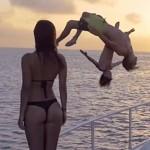 De perfecte zomer van baasje Jay Alvarrez en spetter Alexis Ren