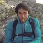 Fransman wordt afgeschoten met een katapult als een Angry Bird