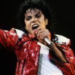 Wat krijg je als je Michael Jackson de stem in laat spreken van John Wick?