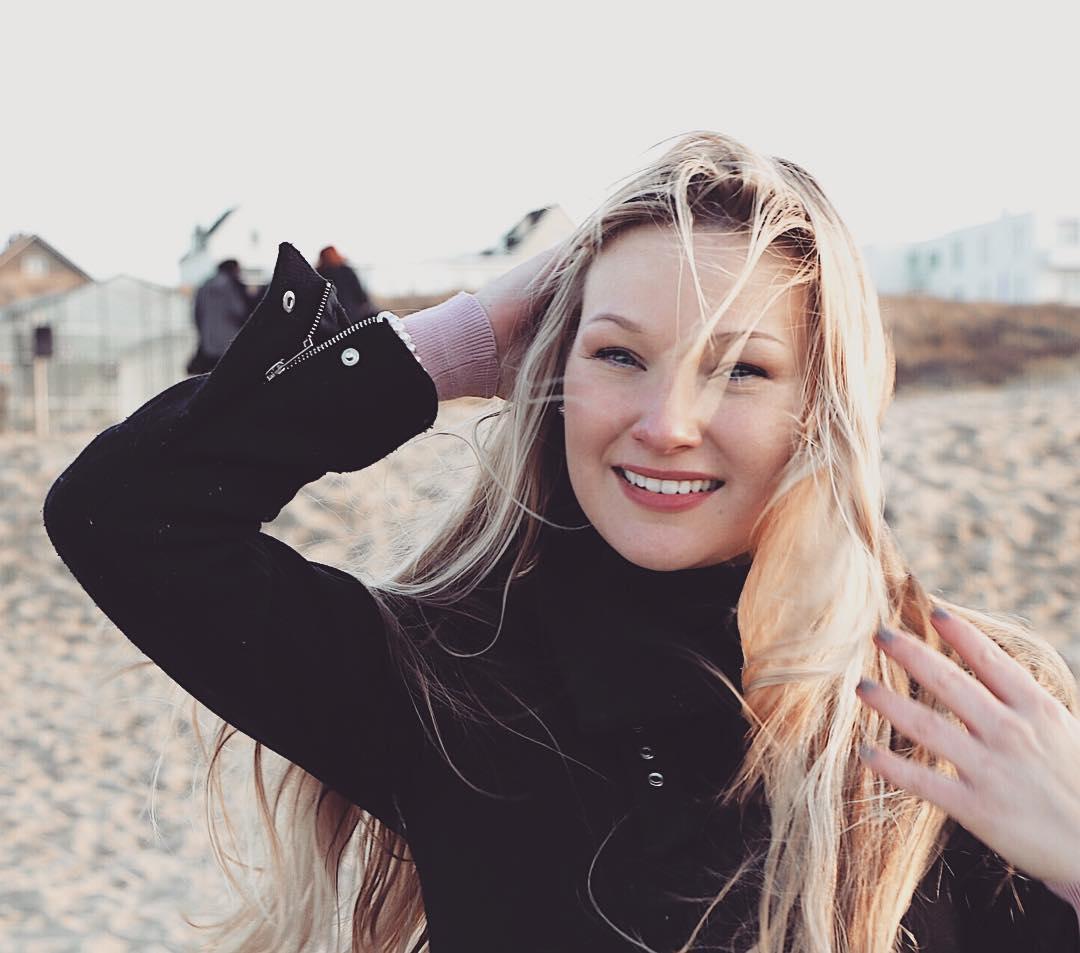 dutchpilotgirl (20)