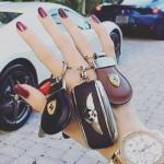 De Rich Kids of Instagram spenderen hun gekregen miljoenen aan luxueuze onzin